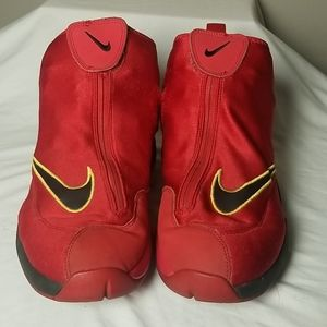 Nike Glove sz 12 Red Black 2013